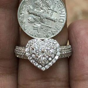 Jewelry - Gorgeous 1.20 carat 14k diamond heart ring